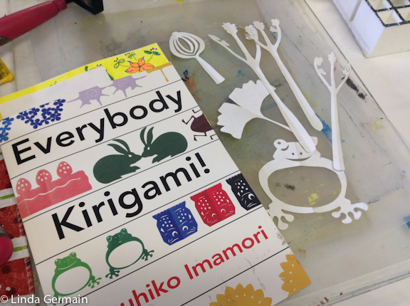 Kirigami Everybody book for stencil making