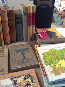 recycle old books for art making