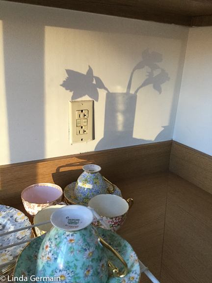 cast shadow to inspire masking stencil